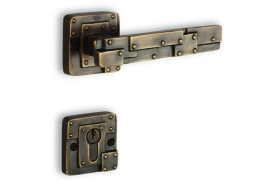 ACCESS_Rivet_Mortise Handle_Ant. Brass